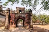 Những chiếc cổng làng xưa cũ (Ảnh)