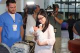 Kỳ tích xảy ra khi y tá đặt con vào lòng người mẹ bị băng huyết