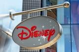 Disney cắt giảm 28.000 nhân viên do Covid-19