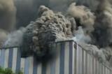 Tòa nhà Huawei bốc cháy, chính quyền bác tin liên quan đến phòng thí nghiệm