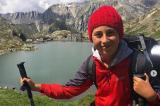 Cậu bé 10 tuổi cùng bố đi bộ 2.800 km từ Ý đến Anh để thăm bà nội