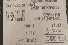 Người đàn ông trả 3.000 USD tiền tip dù chỉ gọi 1 cốc bia